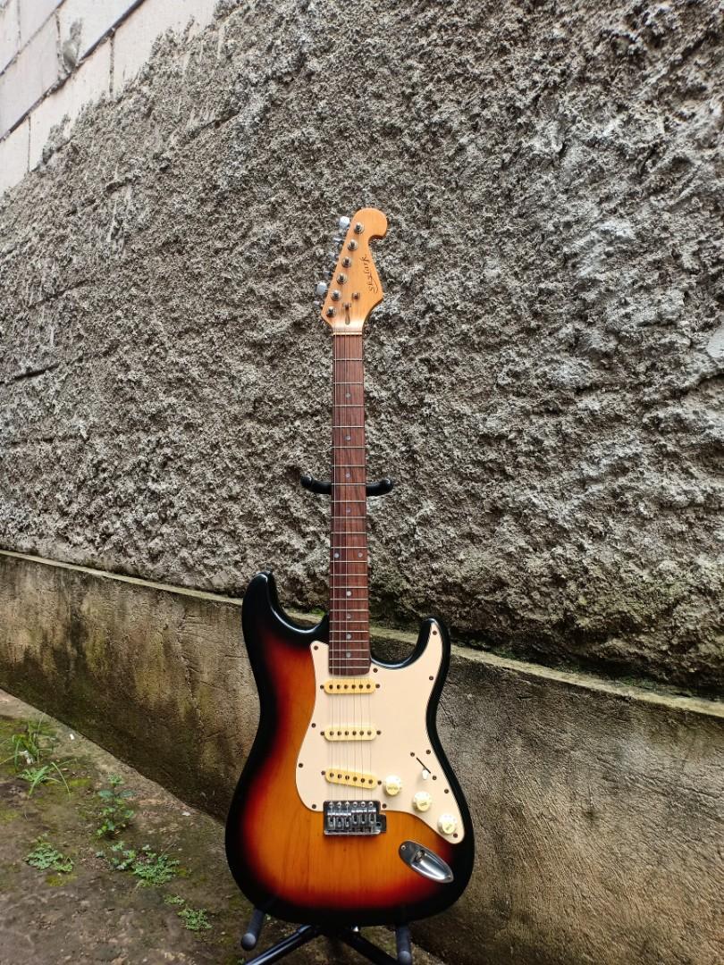 SkyLark Stratocaster