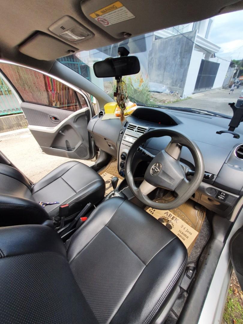 Toyota Yaris 2012 E Matic