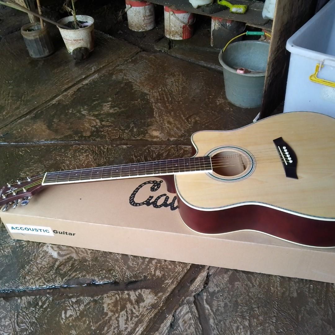 Gitar akustik +6