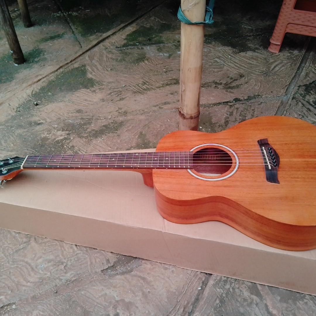 Gitar akustik ORI b+