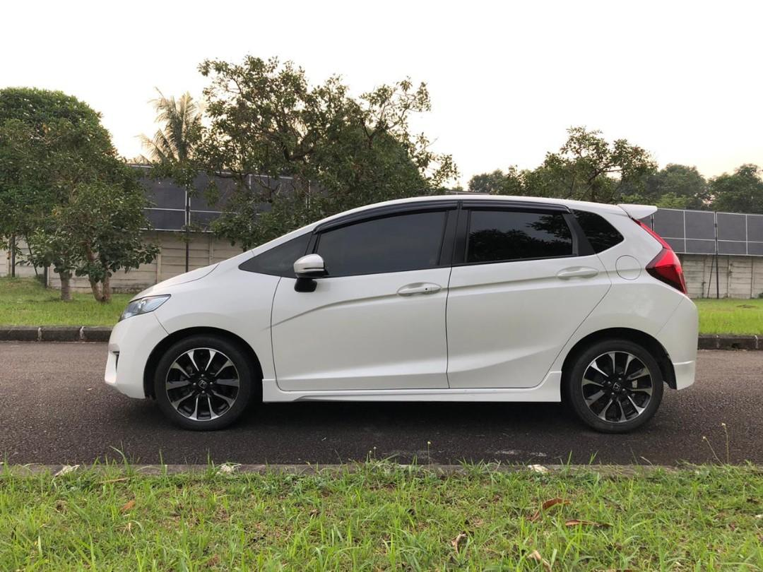 Honda Jazz RS CVT 1.5 AT 2016 Putih