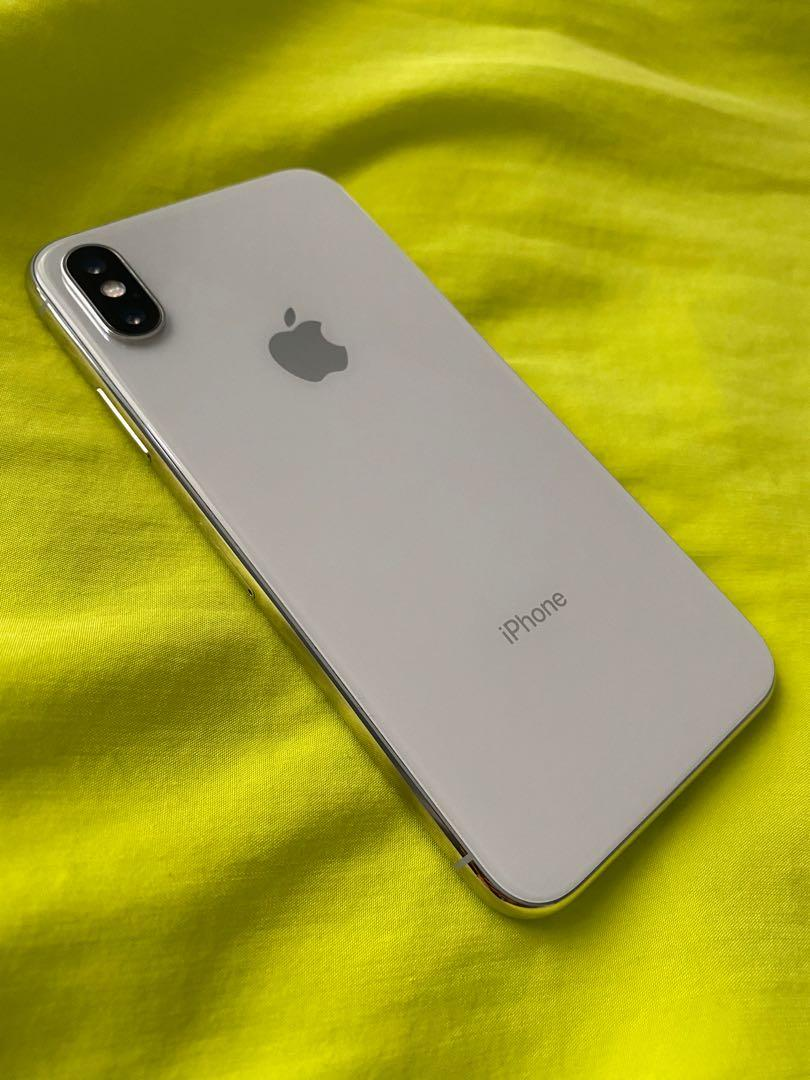 iPhone X - 64gb - Silver - Great Condition
