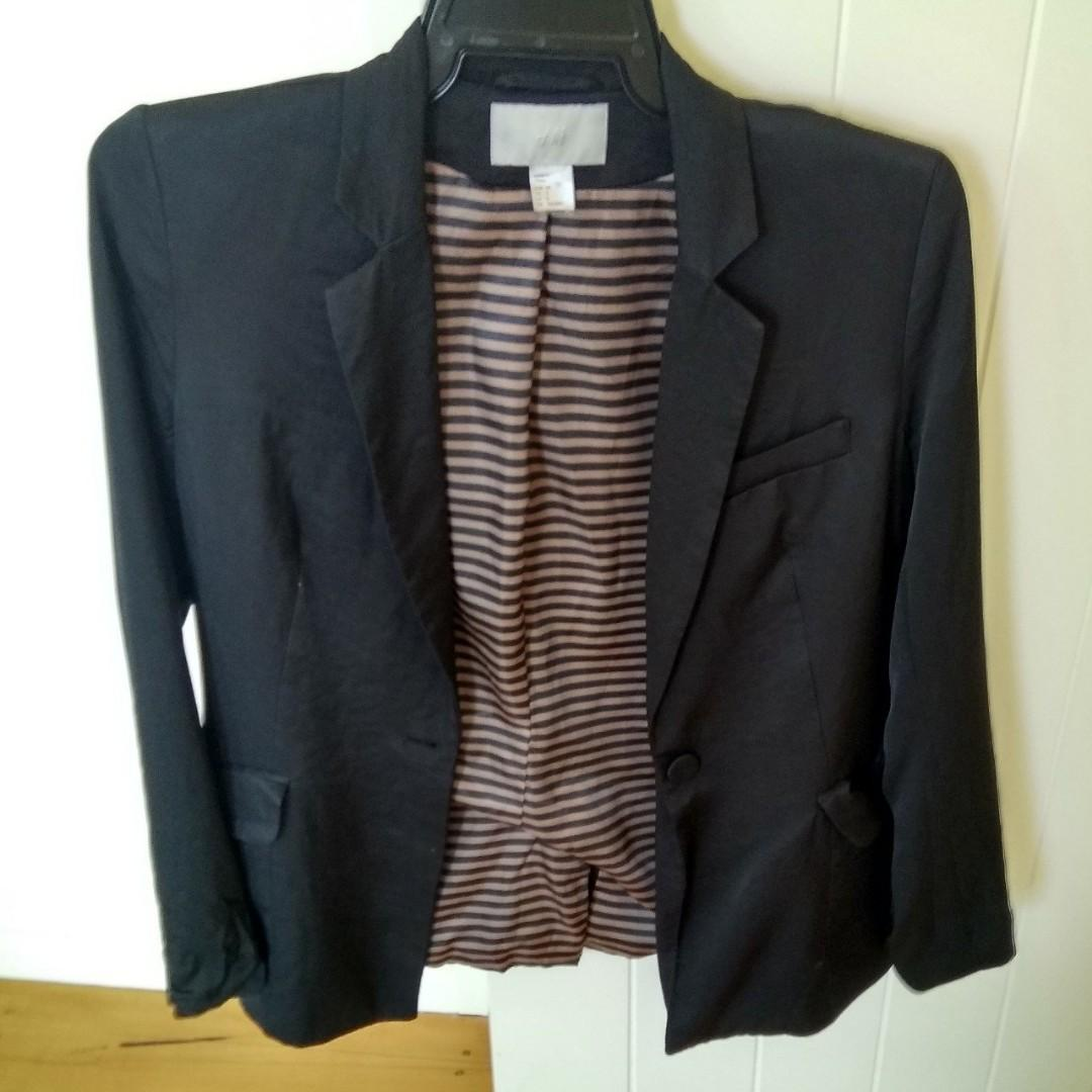Jacket h and m good quality