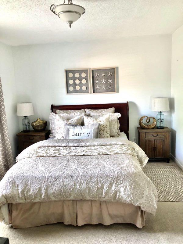 Queen bed include 2 side table