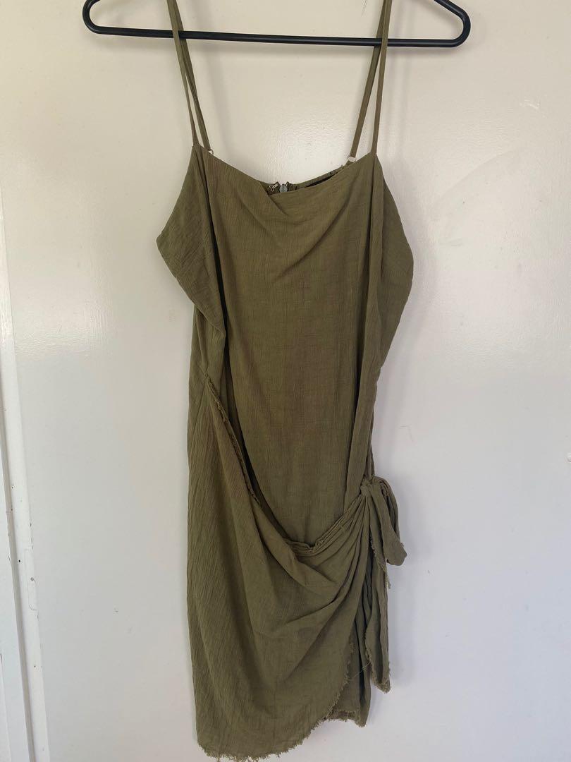 Green wrap dress size 10