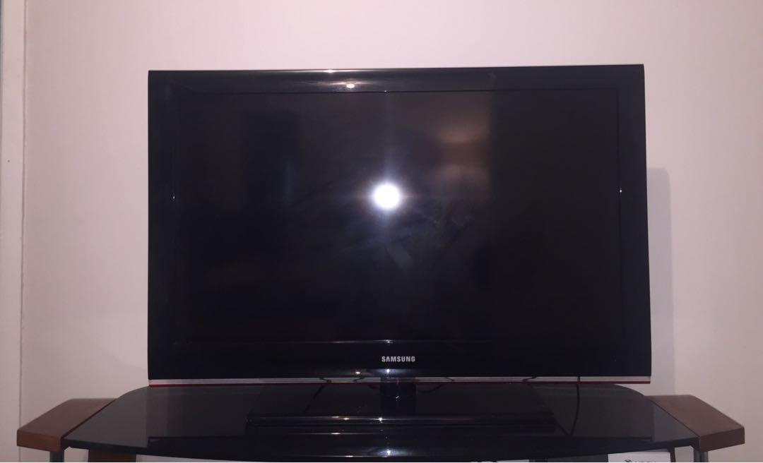 40'' Samsung Tv