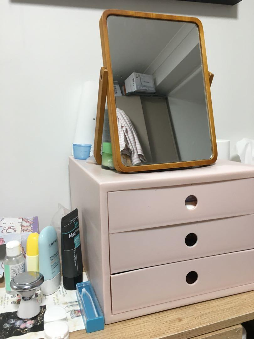 90%new.$10 for any 2 home stuff or $25 for 6(mirror/middle mirror/draws/store box/heater/toaster) only on sunday and monday(28/6 , 29/6)