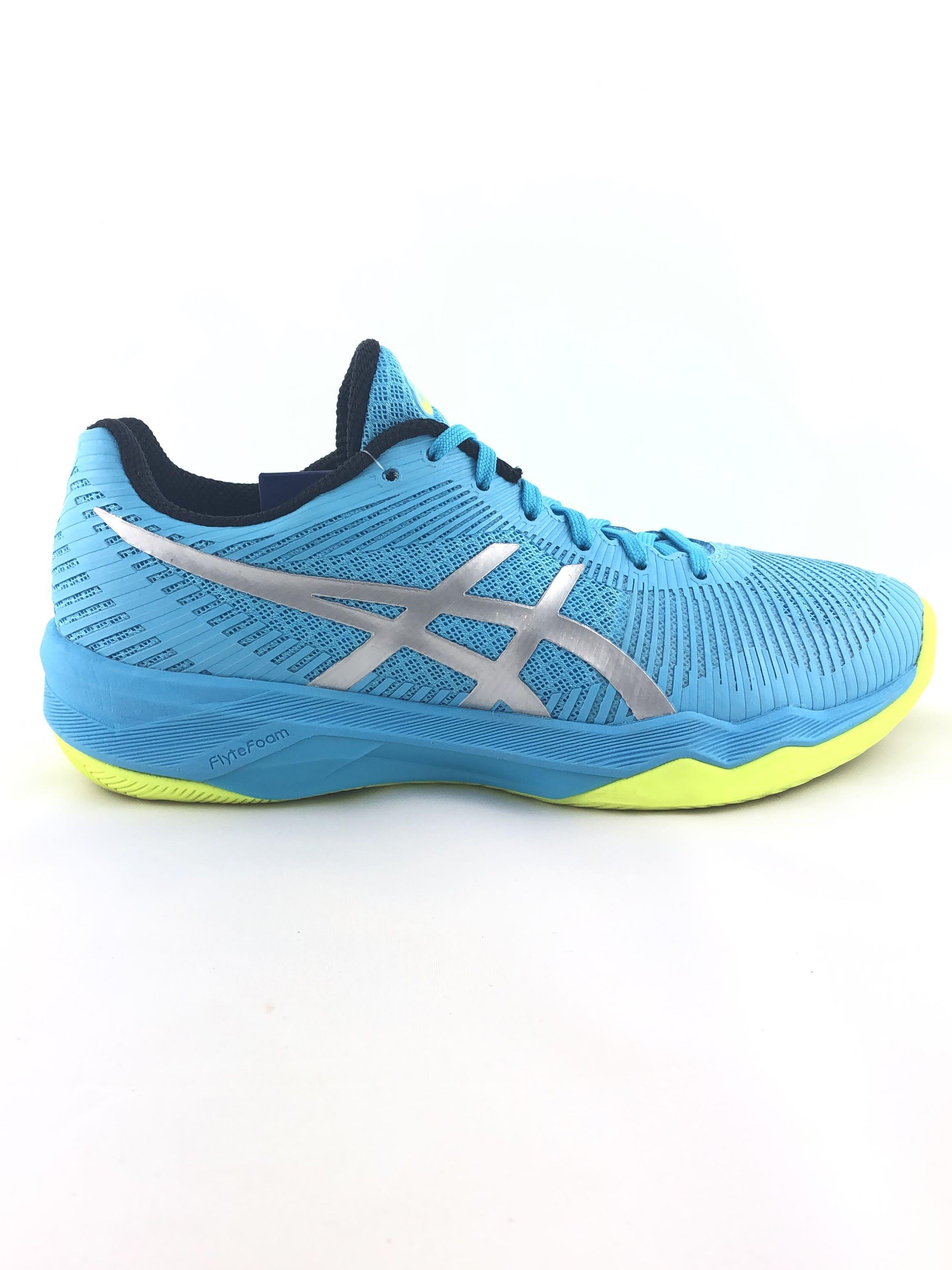 Asics Volley Elite Ff Indoor Court Shoes For Badminton Basketball Floorball Handball Gym Volleyball Tchoukball Etc Sports Sports Games Equipment On Carousell