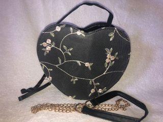 Korean sling bag heart shape