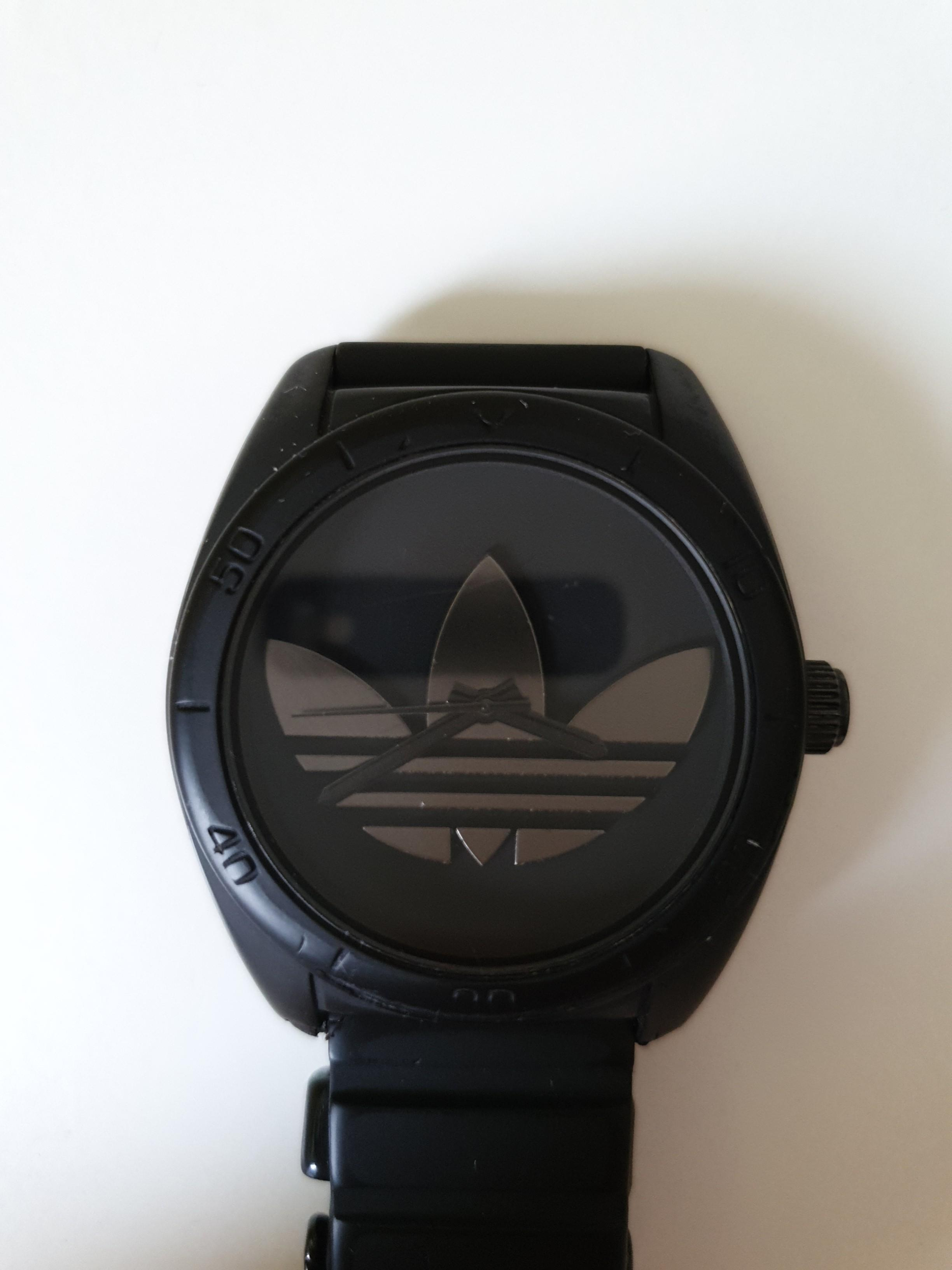 vocal empeorar realeza  Adidas Trefoil Watch, Luxury, Watches on Carousell