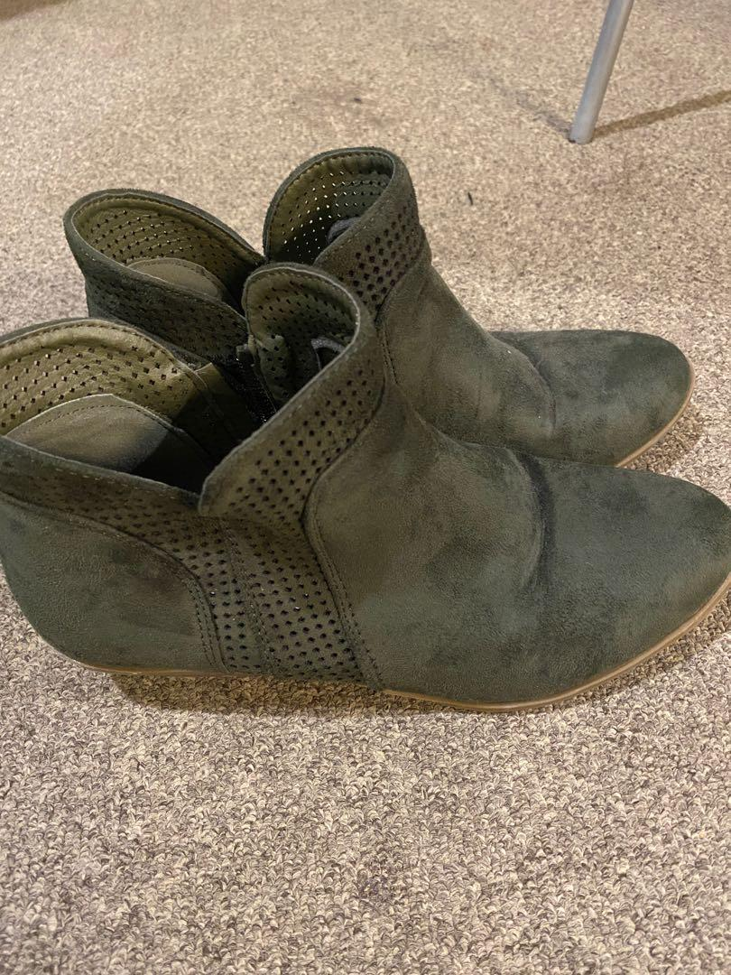 Ankle Boots H&H Size 8