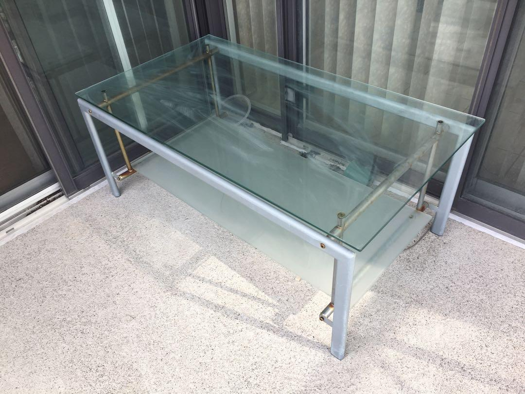 Glass coffee table for outdoors