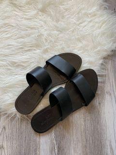 Little Burgundy Black Sandals