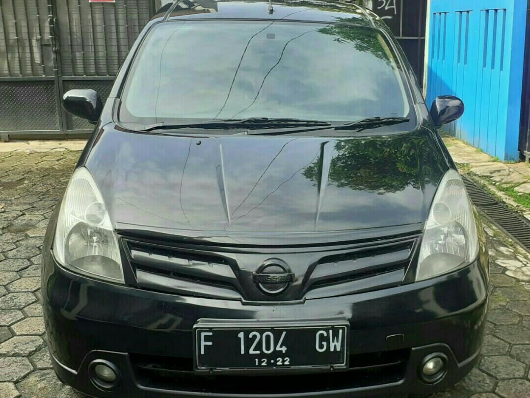 Nissan Gran Livina 1.5 XV Ultimate matic tahun 2012.