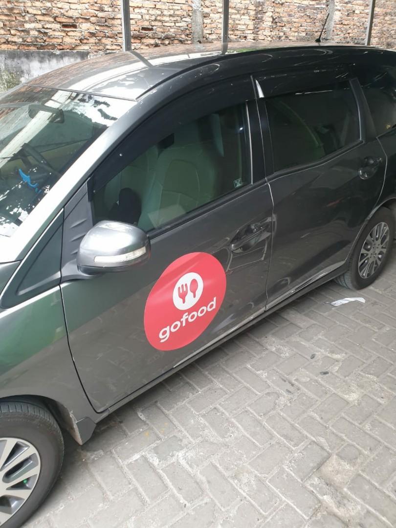 Sewa Mobil + Driver