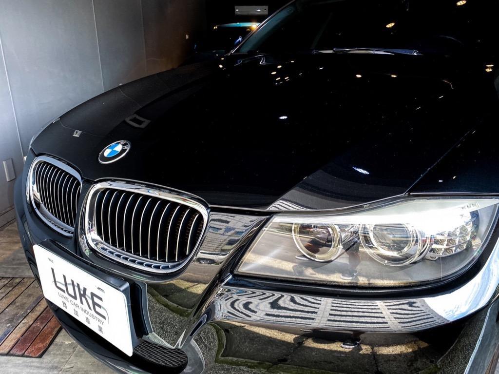 2011年出廠 BMW E90 323i 經典直六 老闆娘坐駕