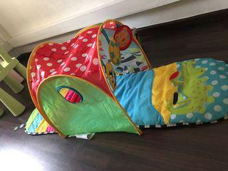 Baby sensory mat and tunnel