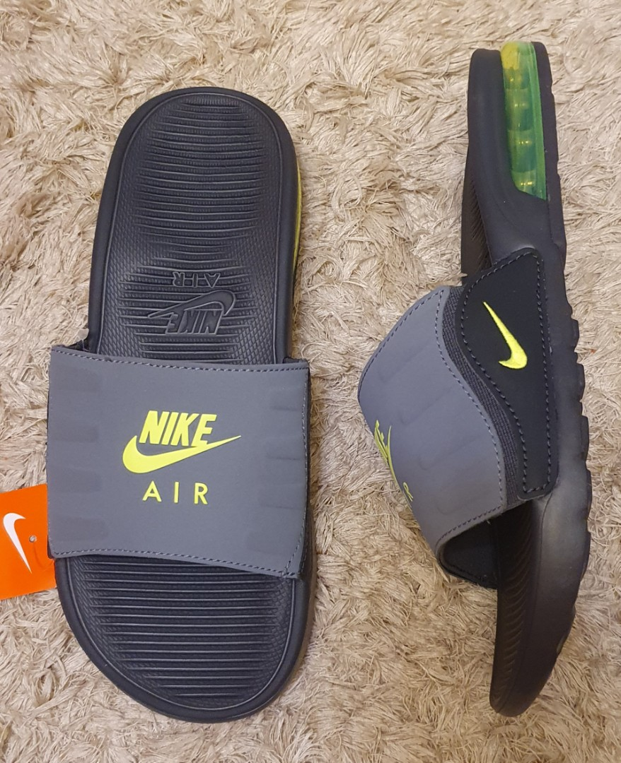 Nike Air Max Camden slides size 10 US for men. 2100. Before: 2900