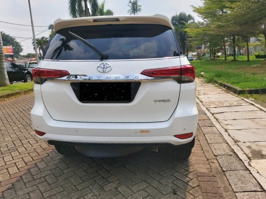 Toyota Fortuner VRZ 2017 A/T