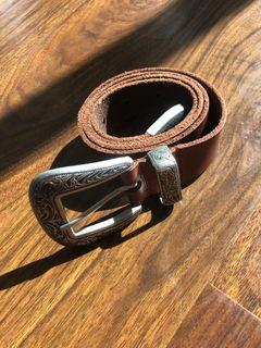 Urban outfitters size M belt