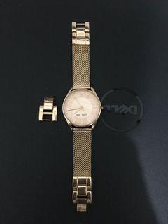 Auth NINE WEST wrist watch