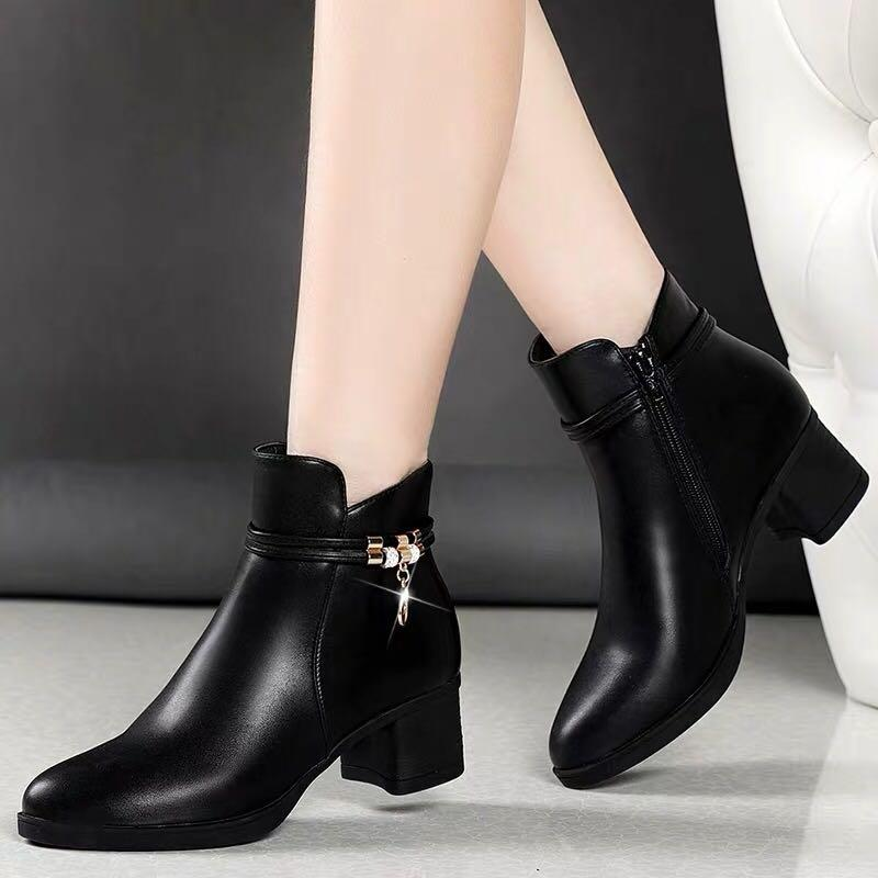 Black Ankle Boots Low Heel Leather