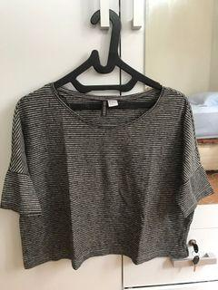 Crop Top Divided/ HnM