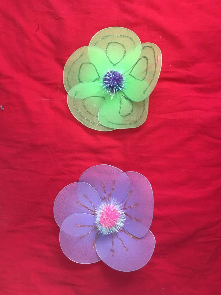 Fabric flower wall decorations