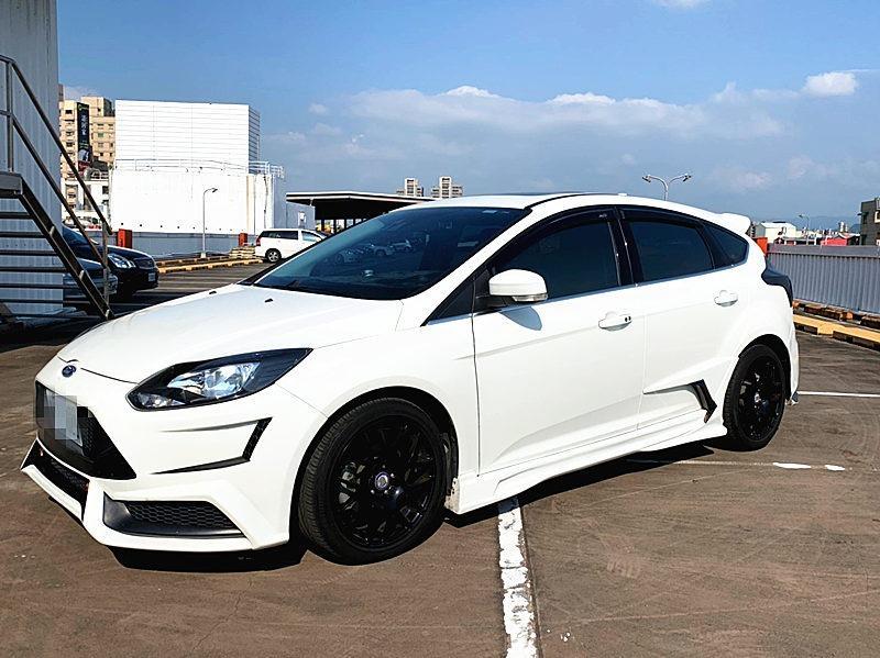2013 Ford Focus 2.0S 白 柴油