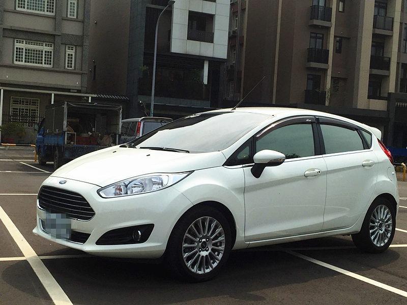 2014 Ford Fiesta 1.5  白
