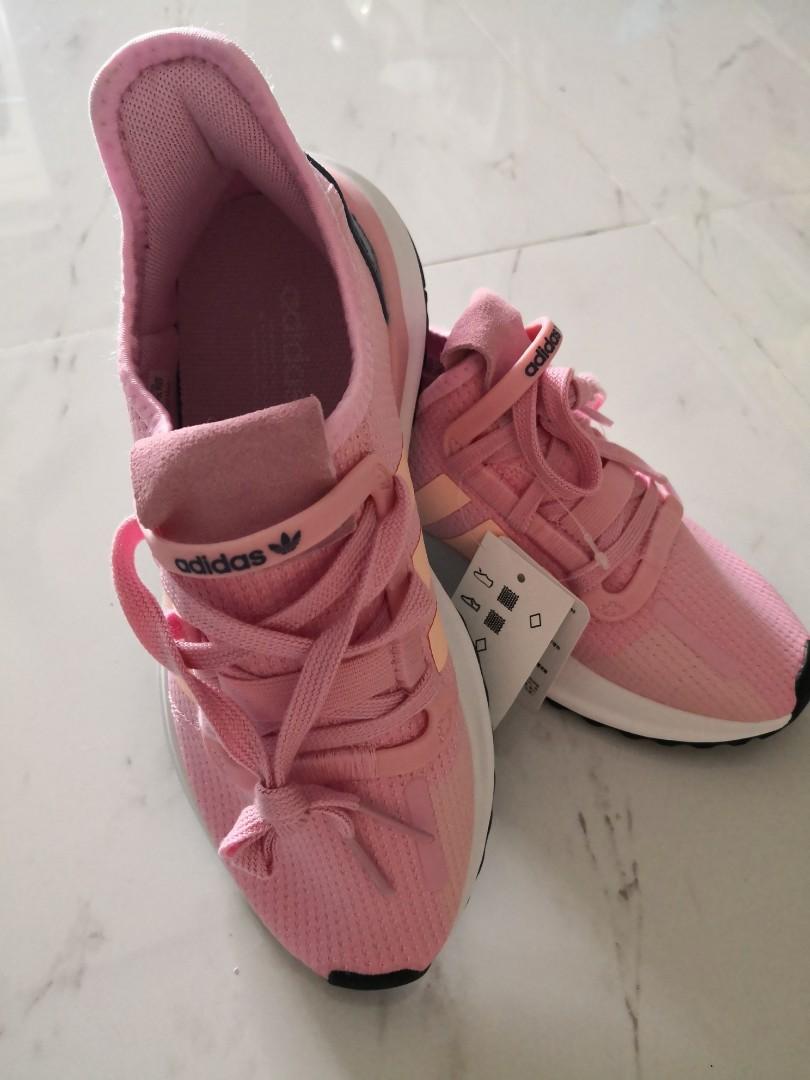 W Running Shoes True Pink G27644