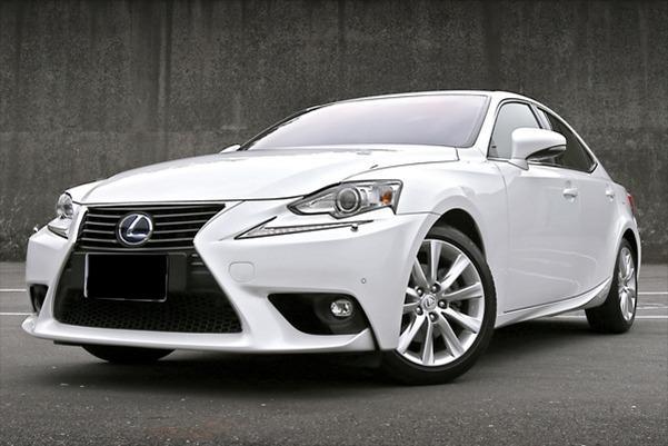 【FB搜尋桃園阿承】凌志 超人氣IS300 2013年 2.5CC 白色 二手車 中古車