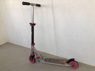 Urgently! Relocation! Oxelo girls Kick Scooter