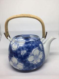 blue vintage japanese tea pot
