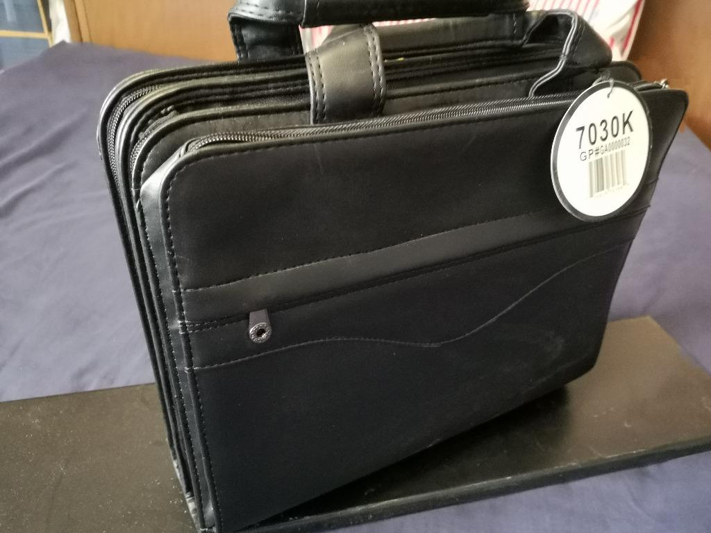 EXECUTIVE LAPTOP BAG - FAUX LEATHER - BRAND NEW