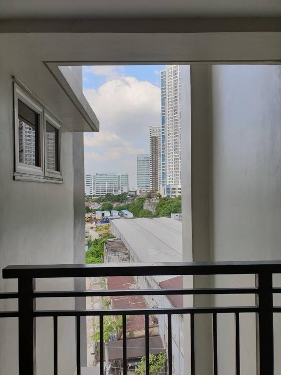 DMCI Sheridan Condominium - 2BR End Unit South Tower