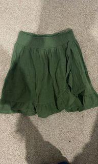 Glassons green skirt
