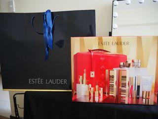 AUTHENTIC Estee Lauder 2019 Blockbuster Holiday Gift Set