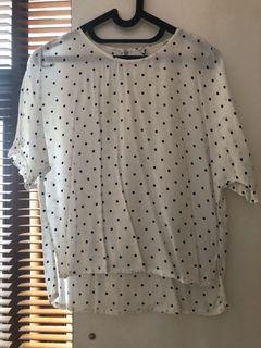 Polkadot ruffle sleeve blouse
