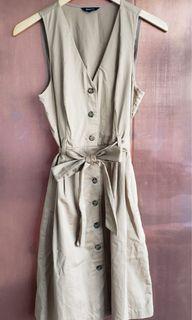 RW&Co button dress