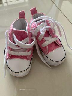Baby converse pram shoes - size 19