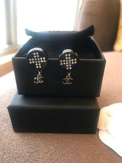 Chanel 針式耳環