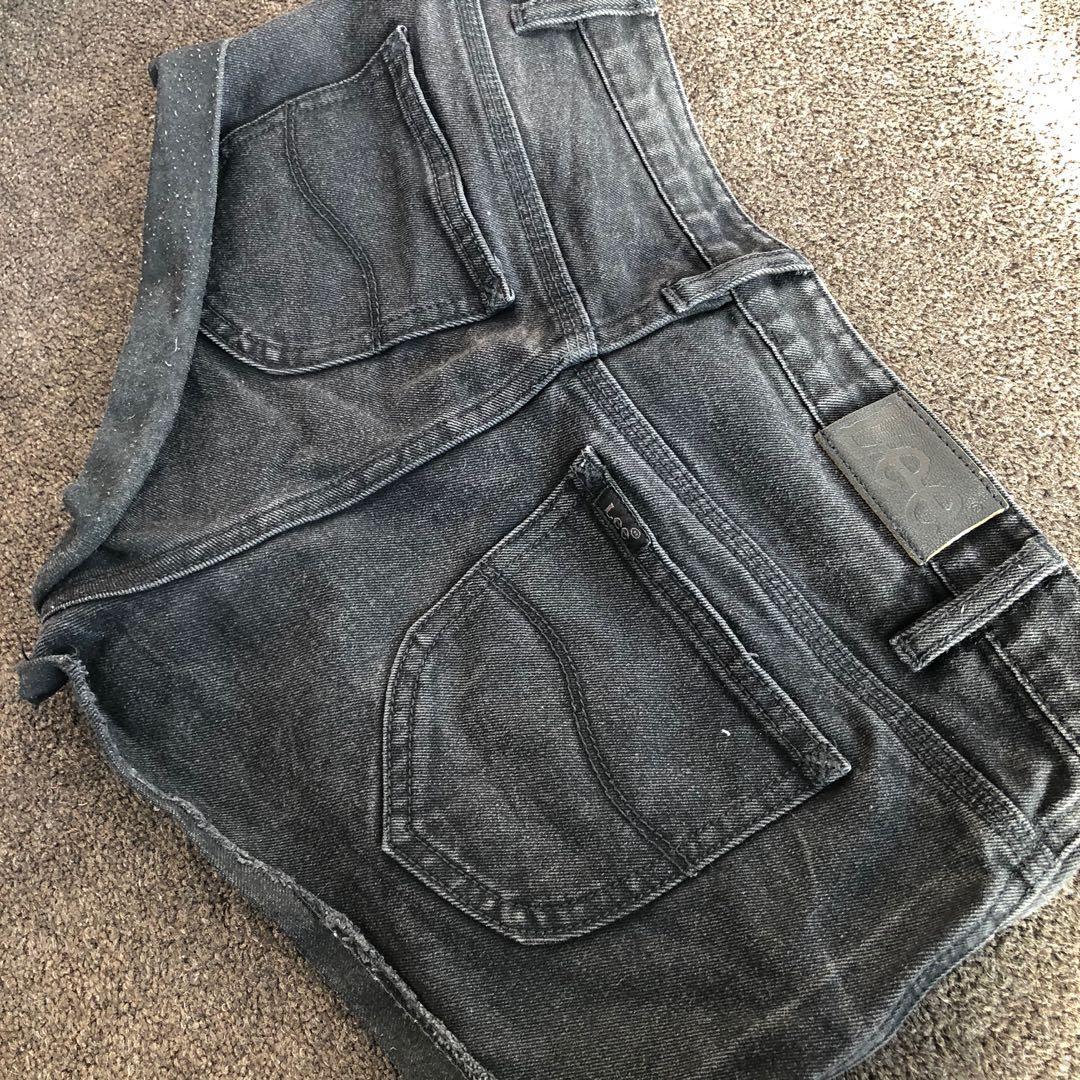 LEE denim black shorts size 7
