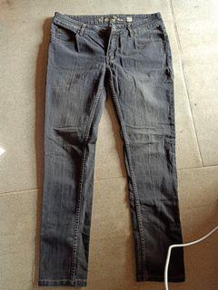 #Mulaiyuk celana jeans