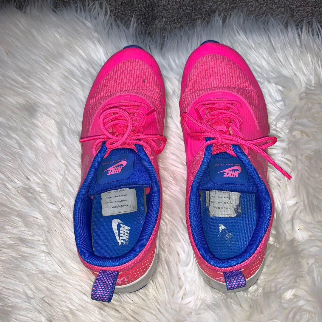 Size 10.5 air Max Thea's