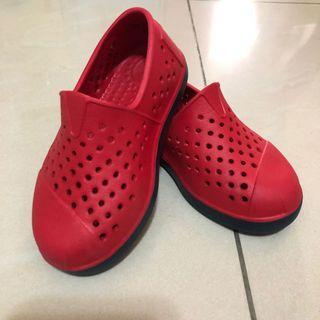 95成新 Toms 洞洞鞋13cm