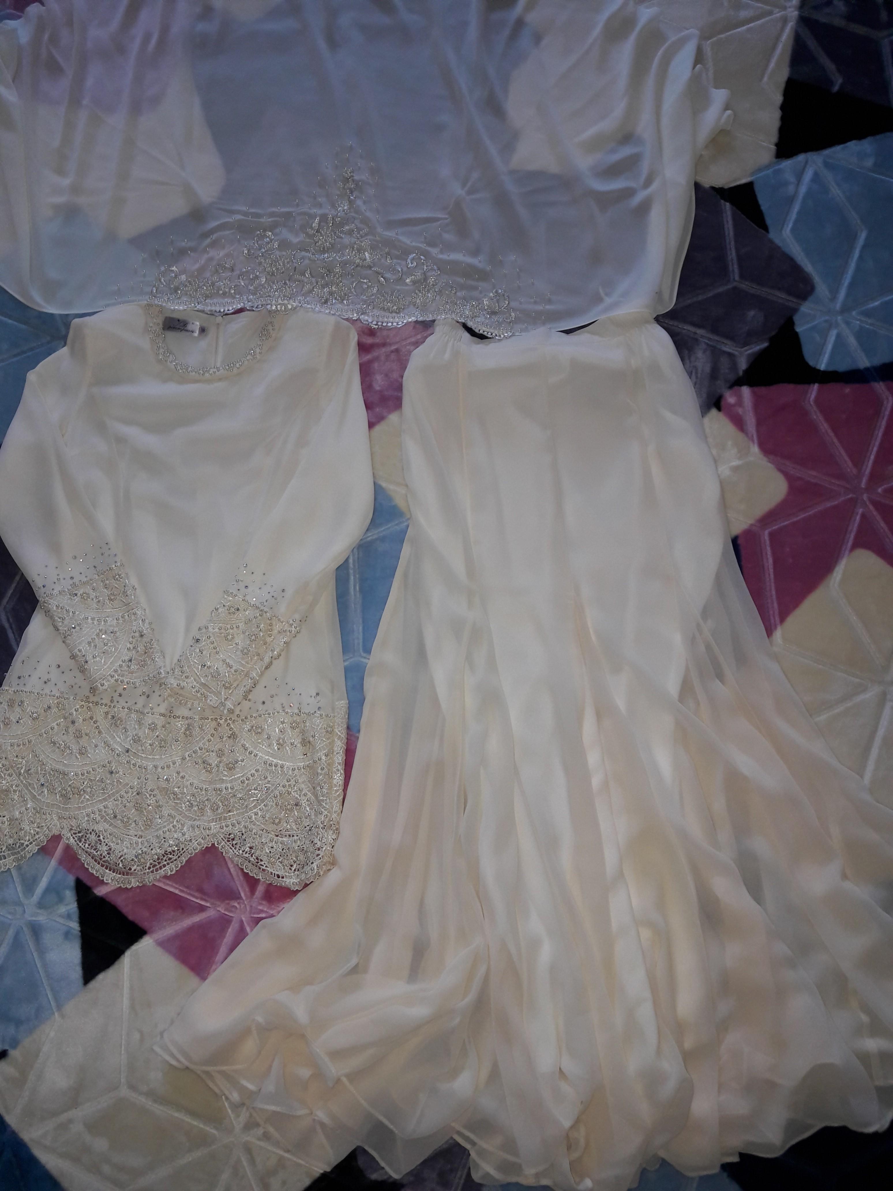 Baju Pengantin Perempuan