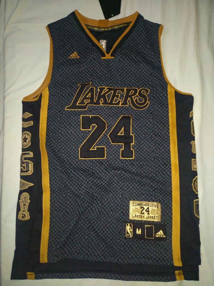 Lakers Kobe Bryant Commemorative Jersey, Men's Fashion, Activewear ...