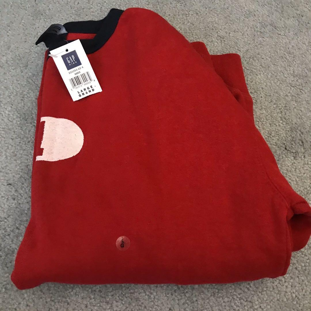 New with tags gap sweater