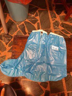 #新開始~全新雨鞋套L和XL#GIVE